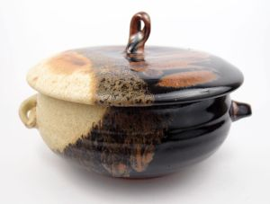 Casserole Dish in Black & Cream