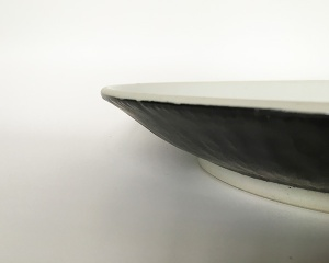 Bare Edged Plate Detail